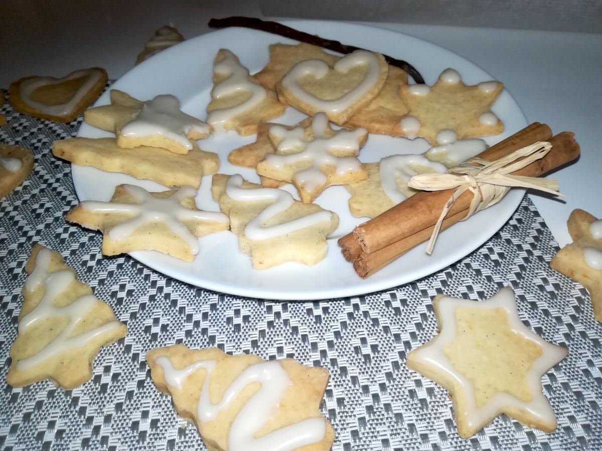 Sablés de Noël à la cannelle et à la vanille