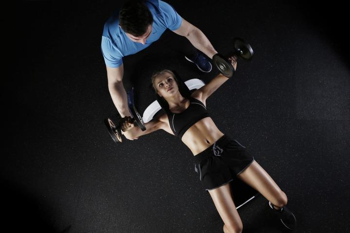 fitness epaules pectoraux