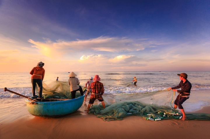hommes pêche