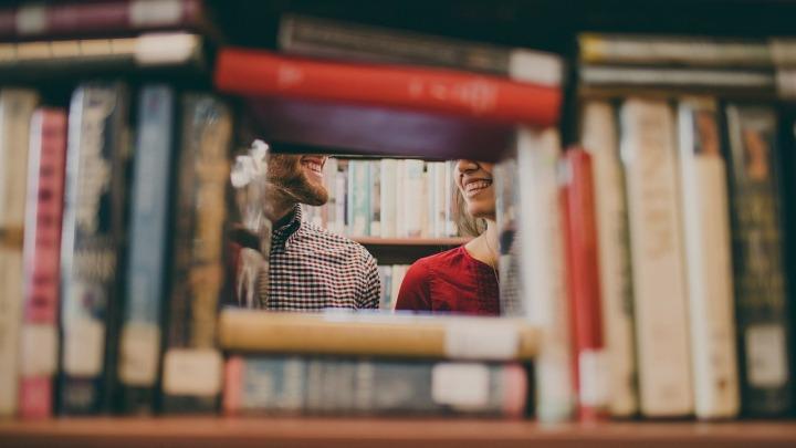 Conversation bibliothèque bonheur