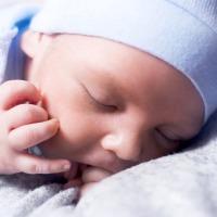Préparer l'arrivée de bébé : les indispensables à prévoir