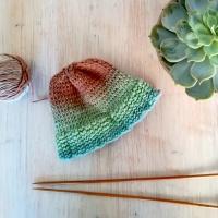 Tricoter un bonnet en laine pour bébé