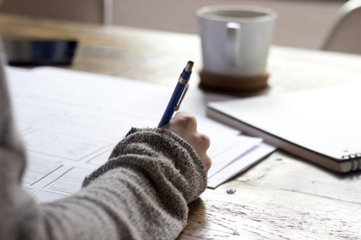 Ecrire a la main