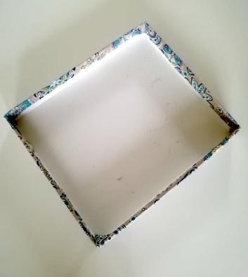 Boîte recouverte de tissus