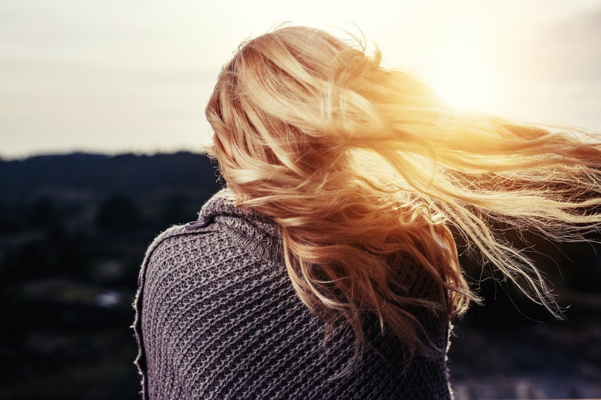 Quels soins pour cheveux secs et abîmés?