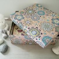 Comment réaliser une boîte de rangement en tissu?