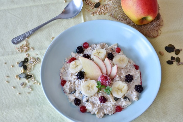porridge flocons d'avoine mure banane pomme