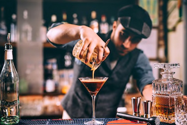 Ouvrir un bar branché