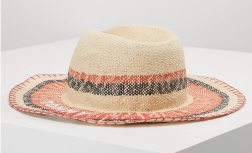 Chapeau naturel Tommy Hilfiger - Source : Zalando.fr