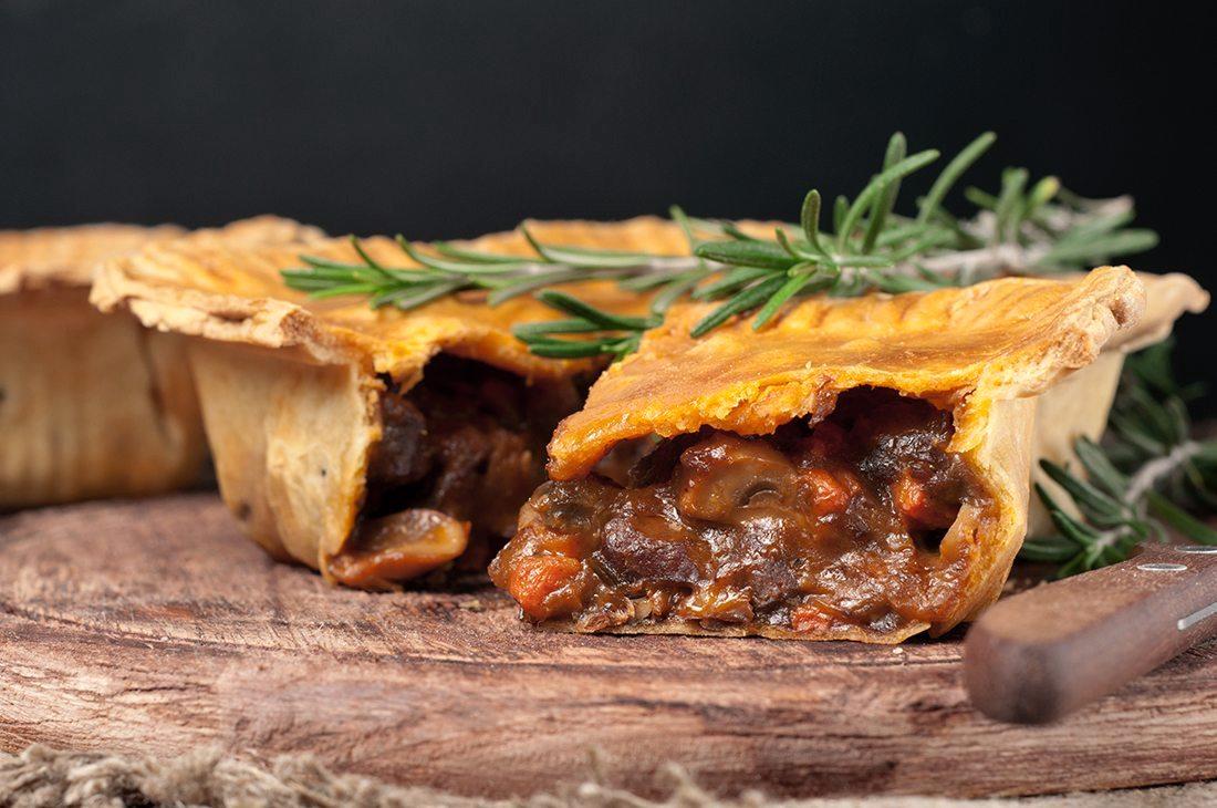 Tourte au boeuf (beef pie)