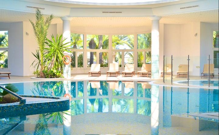 Royal Garden Palace Djerba piscine