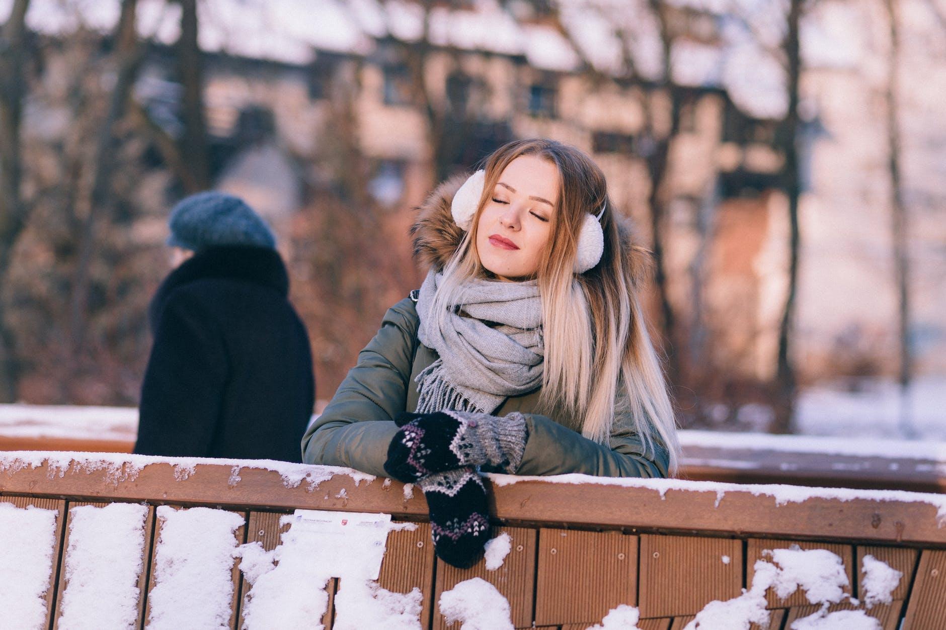 5 attitudes positives à adopter pour se sentir plus léger