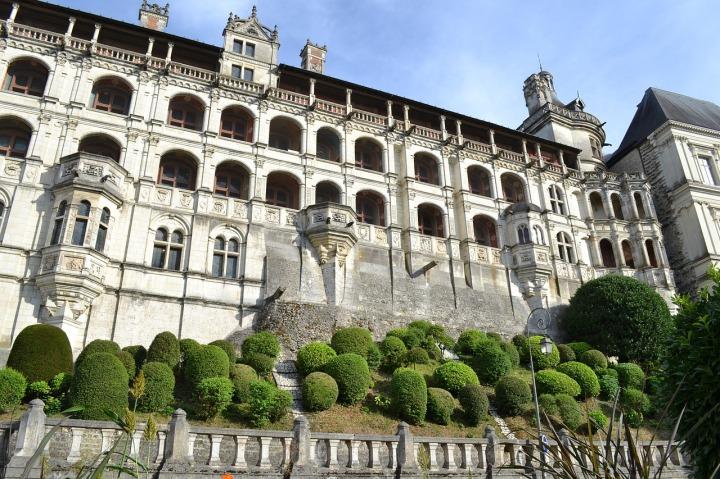 chateau de blois facade