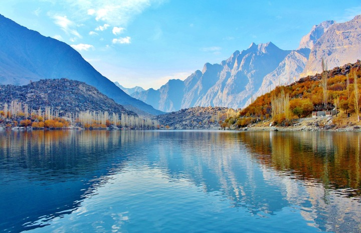 Lac Upper Kachura Pakistan