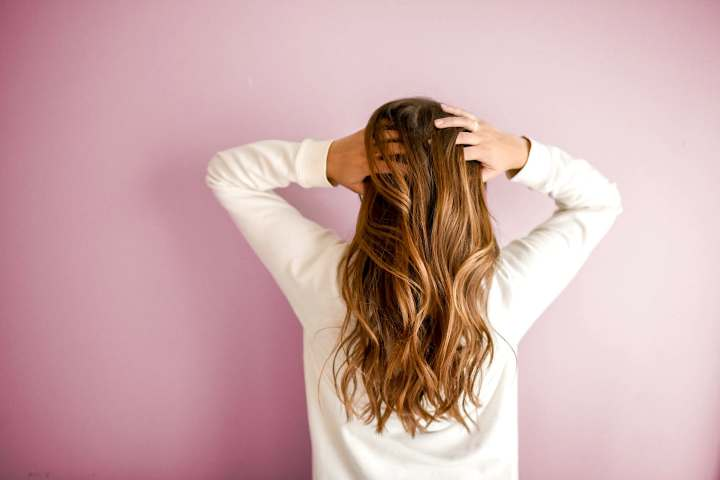 Comment avoir des cheveux brillantsnaturellement?
