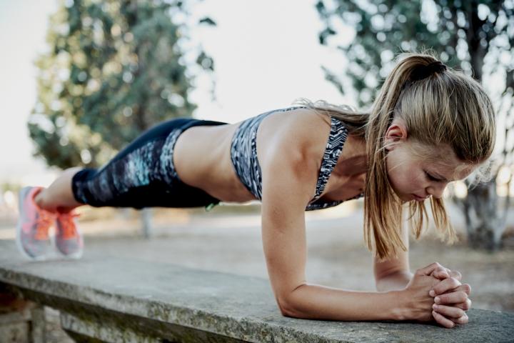 planche-abdos-gym