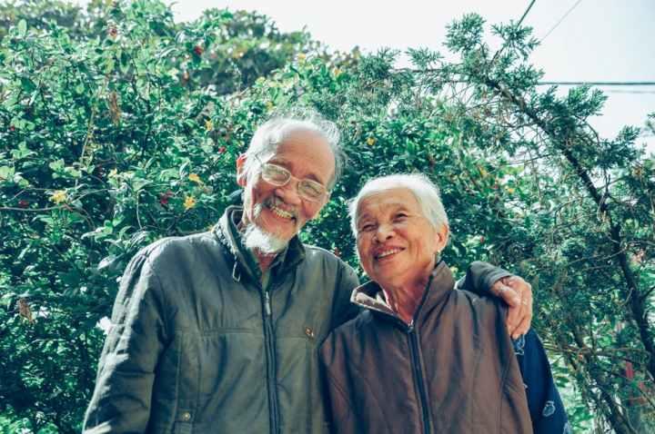 vieux-couples-heureux