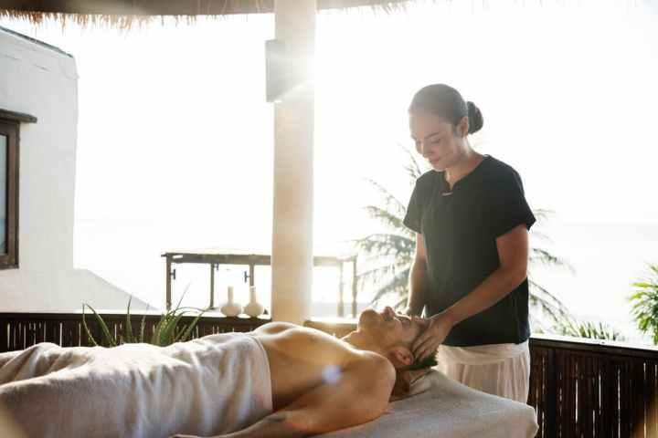 faire-un-massage-couple