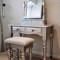 Comment rénover de vieux meubles en bois?